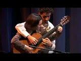 Игра на гитаре в 4 руки